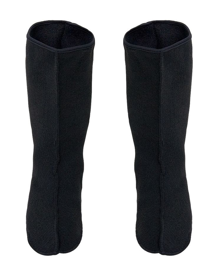 SHORT WARM SOCKS FOR BOOTS Model: KL09/S FILC The model has been produced with high quality material that protects usr feet against cold. Length of product 28cm.