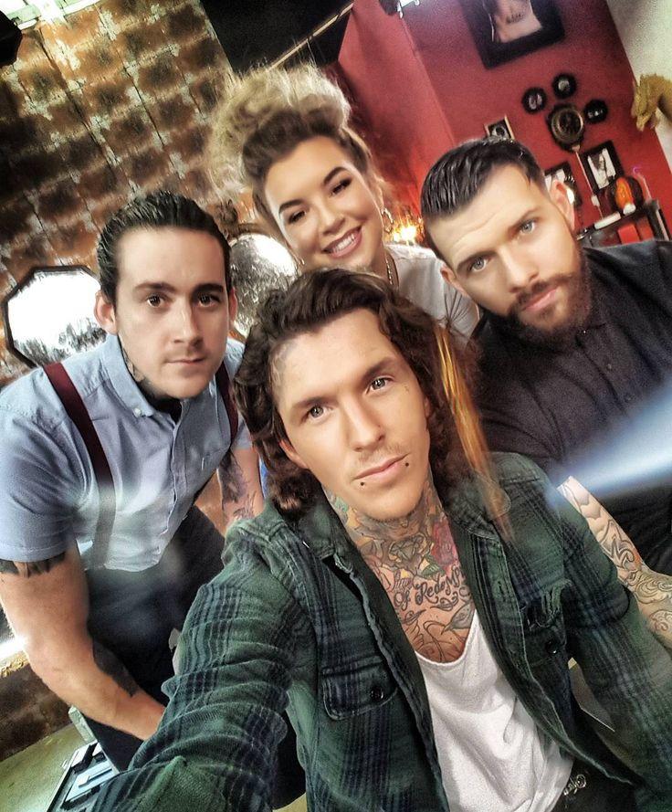 #tattoofixers we back soon @jayhuttontat2  @alish_p  @glencarloss !!!!!!! And the beautiful @misspaisleyxo Keep ya eyes peeled , #sketchreppinink #tattoofixers #prisonink #squad #weback