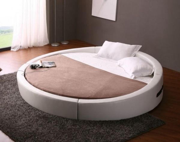 The Controversial Round Beds – A Bold Statement Or An Unpractical Choice?