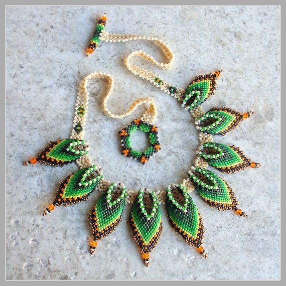 North Dakota Hills Necklace  Green Choker by FrancescasFancy,