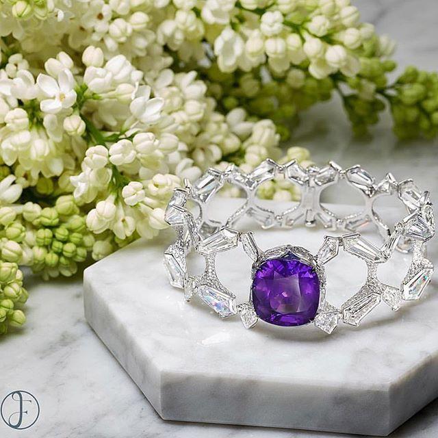 Fabulous Natural Burmese Purple Sapphire & diamond bracelet @formsjewellery !! #highjewelry #finejewelry #HauteJoaillerie #queen #royal #diamond #gold #goals #luxury #luxurylife #luxurystyle #luxurydesign #luxuryjewelry #instagram #instagood #instamood #instalike #instadaily #instafollow #inspiration #amazing #art #life #love #dream #happy #girl