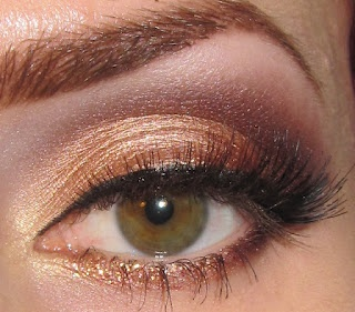 Golden Peach and Wine Eye Makeup Look + Picture Tutorial