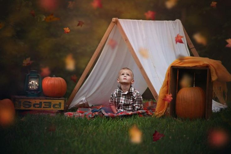 Fall minis. Fall photography set up ideas. Falling leaves with tent and camping set up. Autumn bonfire photos. Photos with family, mom, dad, children, siblings, toddlers, infants. Photo sessions with fall, leaves, trail, wagon, pumpkins, mums, cellar, barn, cabin, siblings, couples, family, brothers, sisters, father and son, mother and daughter. Rustic, earthy, shabby chic outdoor autumn picture ideas. Cute and unique photo concepts for October. Lauren Davidson photography.