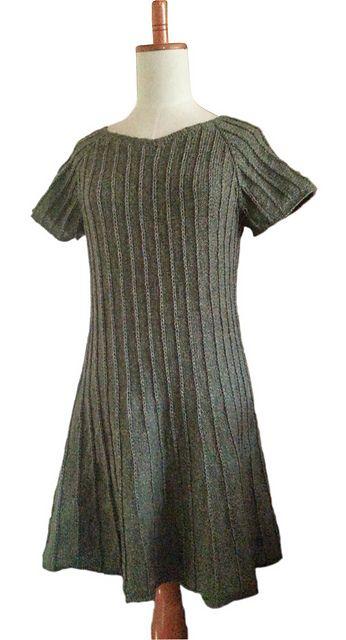Ravelry: Kjole med striber pattern by Trine Møller Larsen