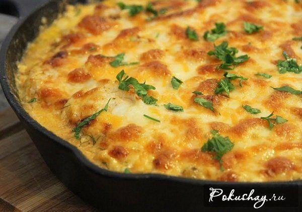 Как приготовить курицу по-французски в духовке по самому лучшему рецепту? Пошаговый рецепт приготовления курицы по-французски в духовке с фото и видео.