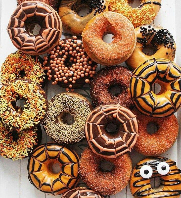 Halloween donuts by @abeautifulmess