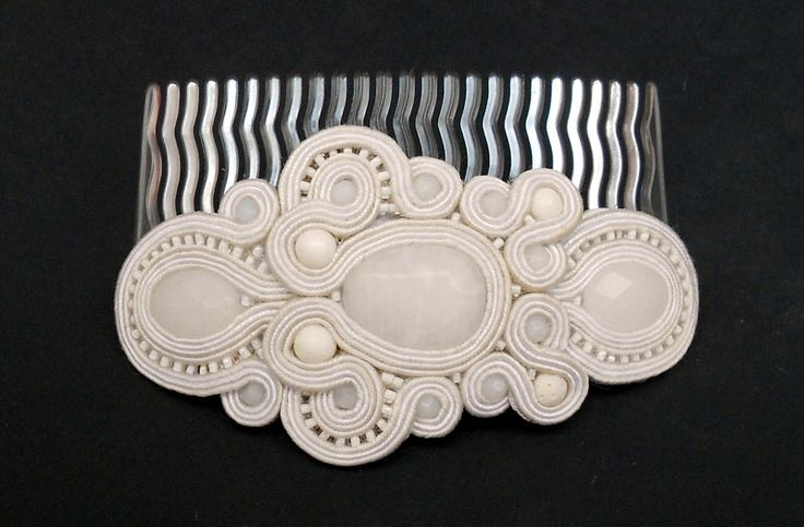 Wedding haircomb
