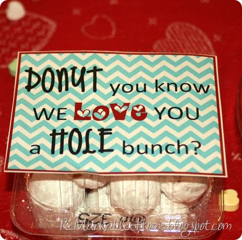 """Fast and Easy Valentine's Breakfast idea with FREE printable download for the class or for a teacher! You could replace the word """"love"""" with """"appreciate"""" and it can be a nice treat/gift for any occasion."""