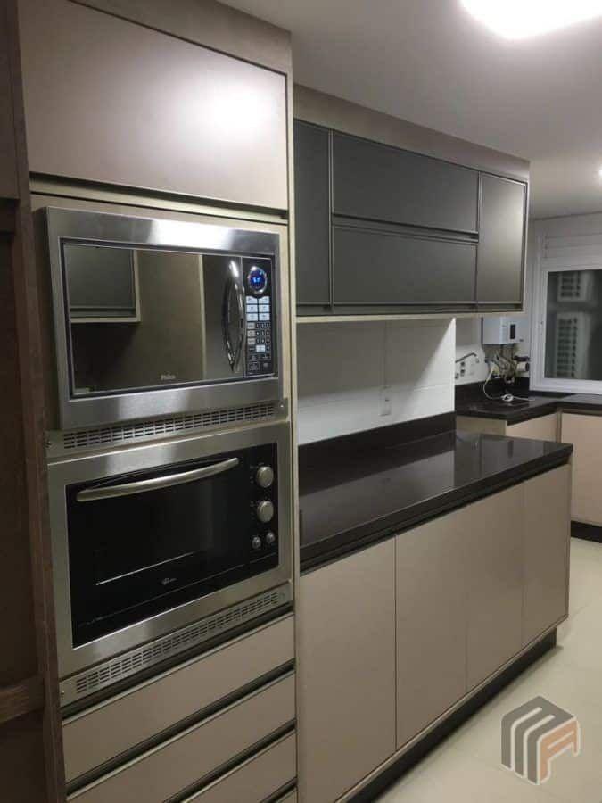 Cozinha Com Torre Para Forno E Microondas Cor Cobre Com Imagens