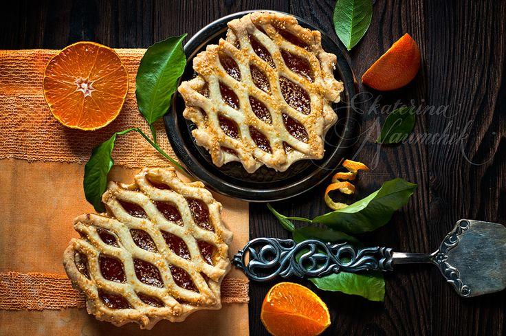 Мини-тарт с мандариновым джемом по рецепту Екатерины Наумчик может приготовить даже начинающий кулинар. Пошаговое руководство с фото.