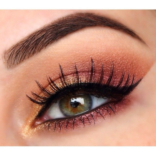 Coral eyeshadow.