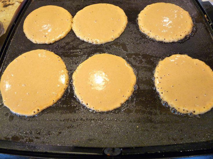 healthy sweet potato pancakes! YUM