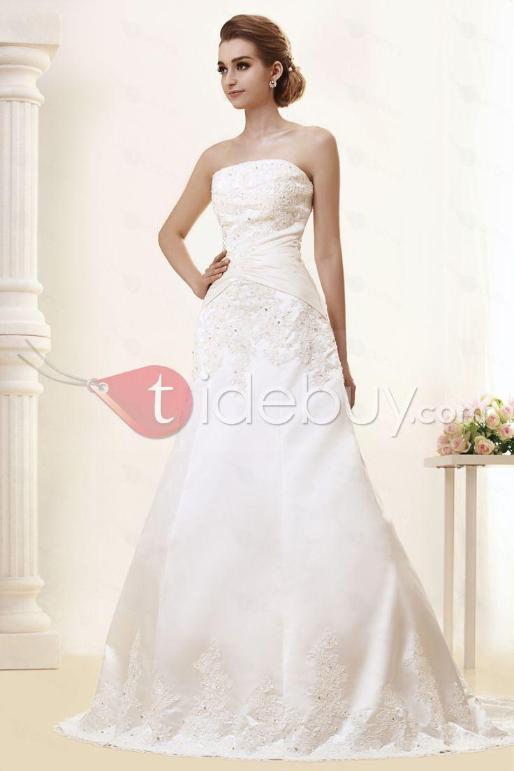 ストラップレスAラインスリーブレス床までの長さチャペルトレイン刺繍プラスサイズウェディングドレス