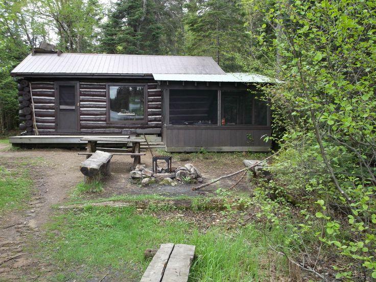 rain lake ranger cabin exterior algonquin