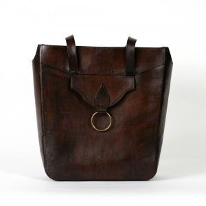 Carla handbag, Beara Beara, £155. Shop now:http://www.bearabeara.co.uk/product/carla/  #cutedaybag #shoppertote #boohoo #vintage #bohoochic #everydayessentials #alternative #handmade #handcraftedleatherbag