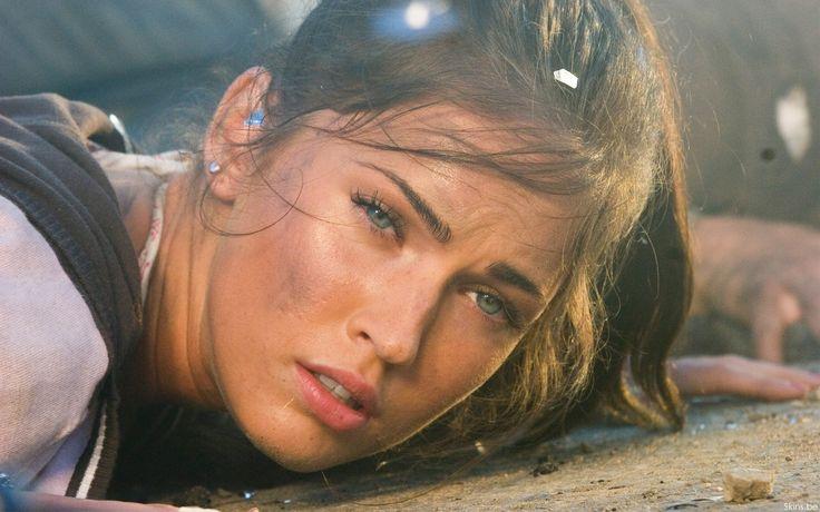 Free download Megan Fox In Transformers 1 Wallpaper / Desktop Background in 1280x800 HD