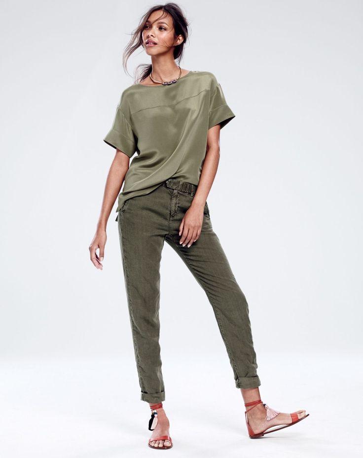 J.Crew women's Collection silk crepe de chine top, slouchy boardwalk pant, pavé chain link necklace and tassel sandals.