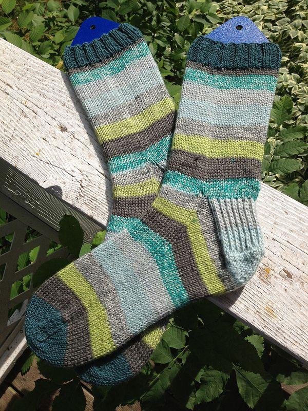 143 best Socks images on Pinterest | Knit socks, Knitting ideas and ...
