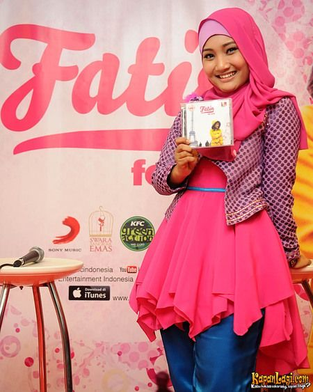 Fatin Shidqia Lubis #hijabigal amazing songstress from Indonesia!
