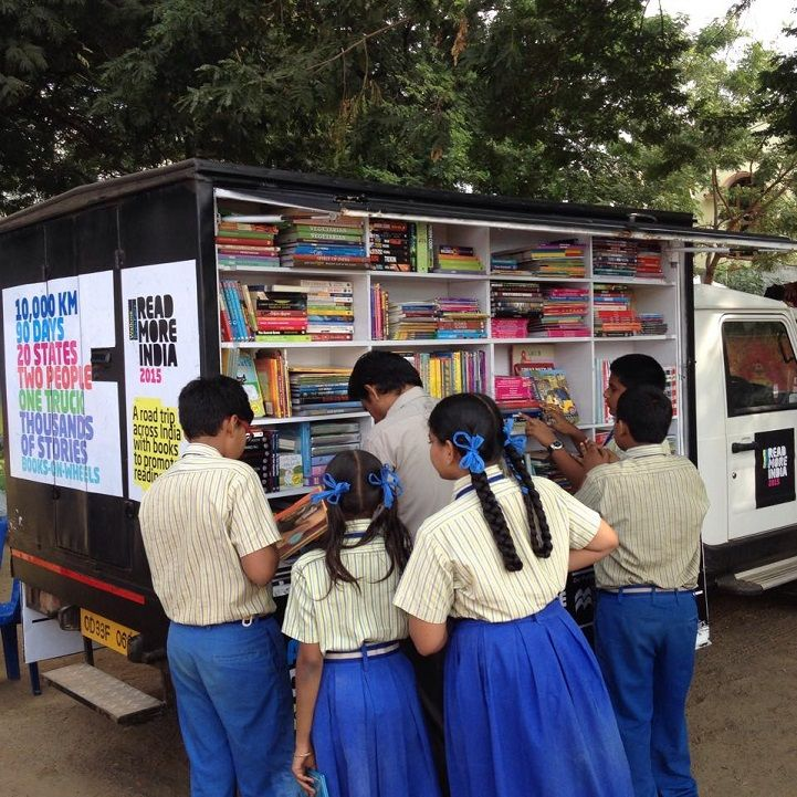 Inspiring Couple Turns Truck into Mobile Library with 4,000 Books to Promote Reading Across India - My Modern Met. Brilliant idea.