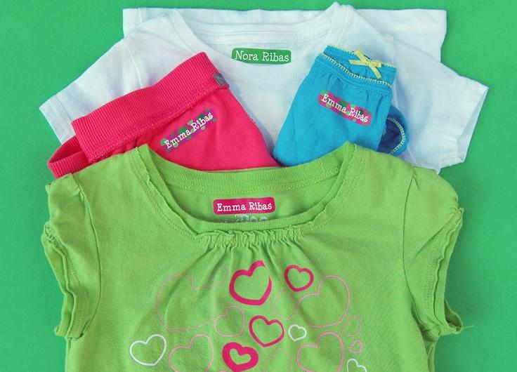 etiquetas termoadhesivas para marcar la ropa totalmente personalizables http://www.stikets.com/marcar-ropa.html