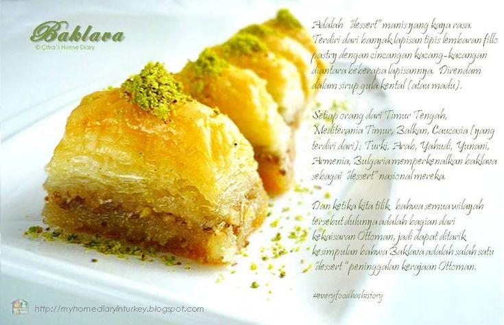 BAKLAVA adalah sejenis pastry manis yang terbuat dari berlapis lapis lembaran pastry phyllo yang tipis dengan taburan -umumnya walnut dan/ atau pistasio, hazelnut atau almond diantara beberapa lapisannya. #resepbaklava #resepmasakanturki #baklava #turkishbaklava #middleeast #dessert #pistachio #walnut #myhomediaryinturki