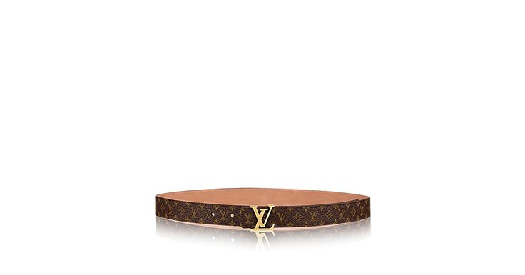 Scopri Cintura Mini Monogram 25 MM  Elegante e femminile, la Cintura Mini si distingue per il mini-motivo Monogram Louis Vuitton e per la sottile fibbia in metallo dorato dal design arrotondato.