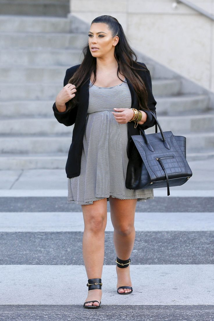 "images of kim kardashian overweight and very pregnant | Kim Kardashian Hates Looking At Old Pregnancy Photos: ""I Looked Fat ..."