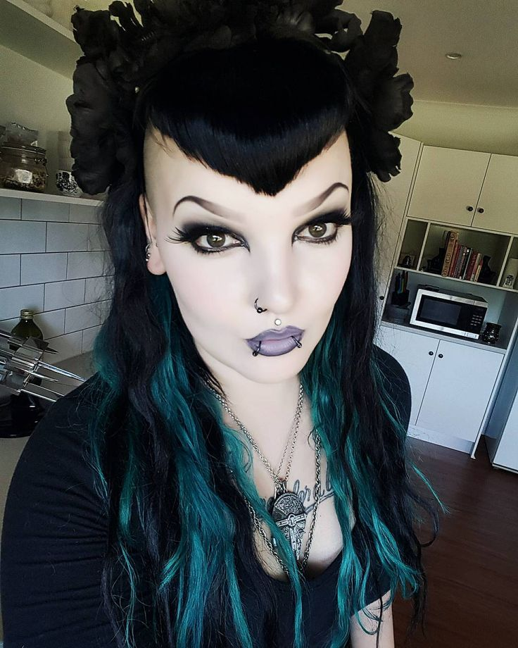 913 Best Images About Nail Inspiration On Pinterest: 913 Best Images About Gothic Ladies On Pinterest