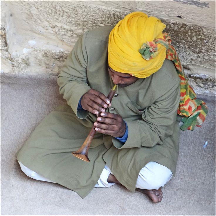 Musicien rajpute à Jodhpur au Rajasthan (Inde).