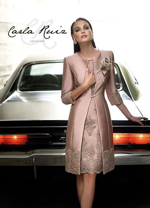 Robe de cocktail � Carla Ruiz � n� 379