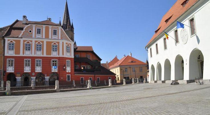 Imagini pentru casa luxemburg sibiu