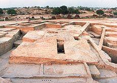 Excavations at the Rakhigarhi site