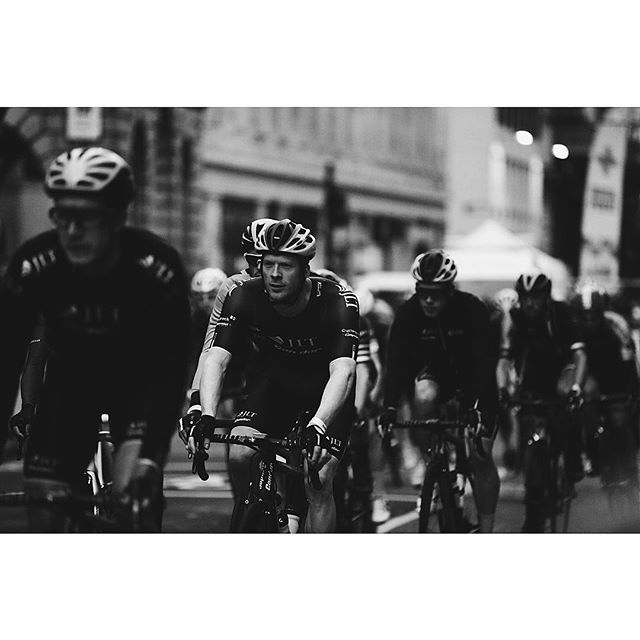 2016/06/05 09:13:15 samdunnsnaps @ed.clancy in the elite men's race   #nocturne #nocturne2016 #mrporter #vsco #vscocam #vscogram #cycling #bikes #crit #race #roadbike #foxedgear #borisbike #5d #london #cheapside #canon #londonnocturne #pennyfarthing #70200f28 #70200mm