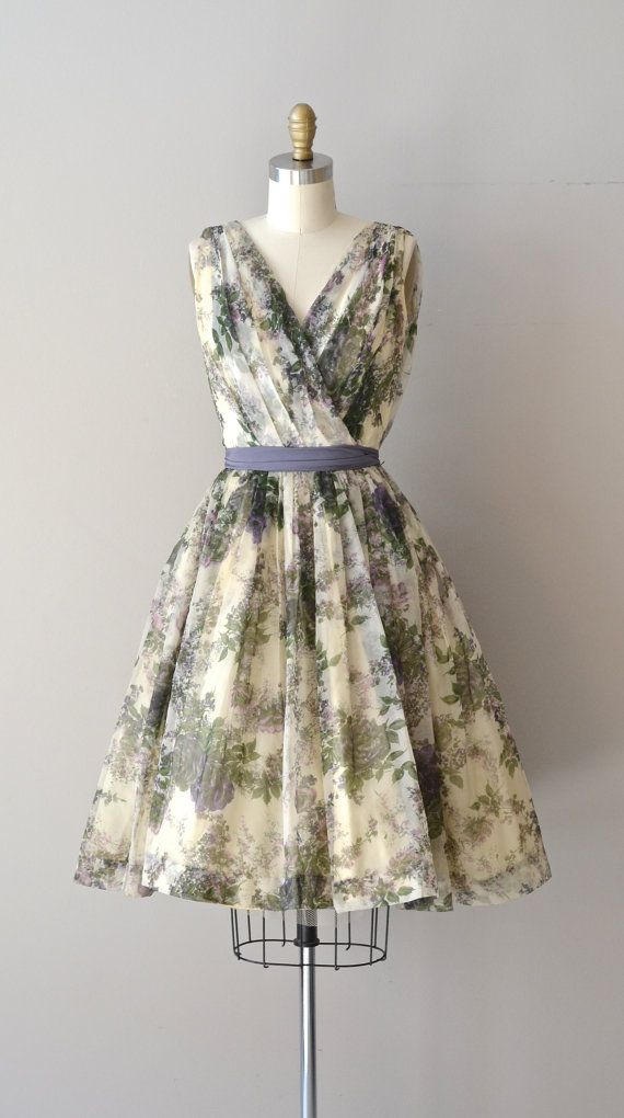 Chamisso's Larkspur dress / floral print 60s dress / by DearGolden