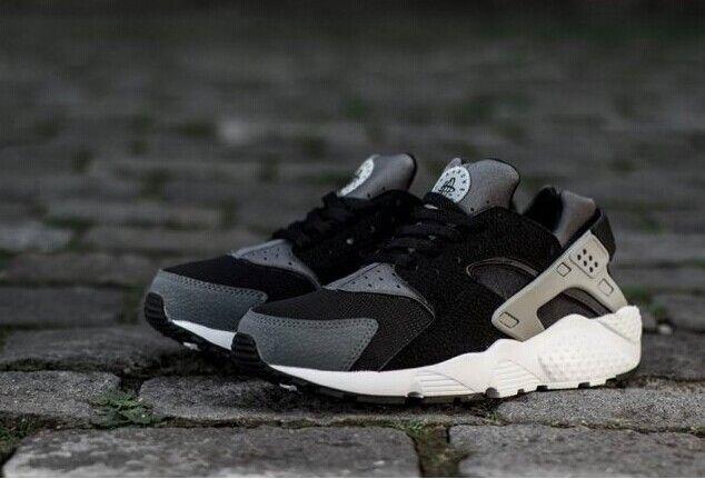 Regresa Accor Ciego  huarache #black #white #nike #dark #grey #air #ash #niNike Air Huarache  Black Dark Grey Ash Grey White, Nike Air Hua… in 2020 | Nike air huarache,  Nike, Nike schuhe damen
