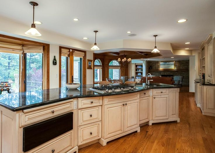 Bertch cabinet quality cabinets matttroy for Bertch kitchen cabinets review