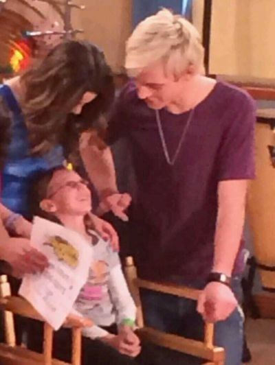 who is ross from austin and ally dating