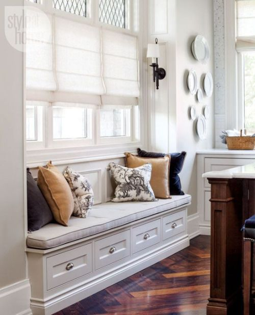 Built In Seating Traditional Decor Window Seat Kitchen