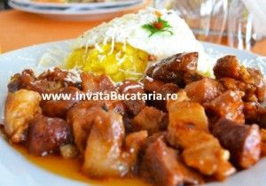 tochitura-romaneasca-cu-mamaliguta