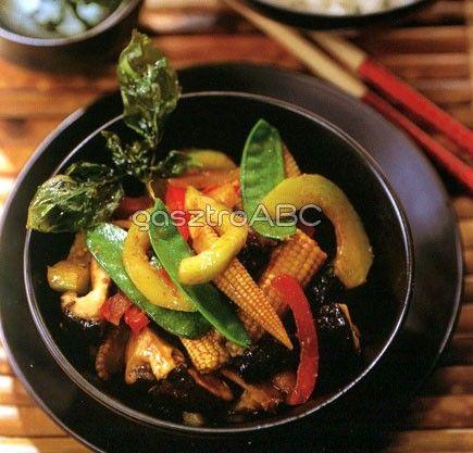 Vegyes zöldségek sült bazsalikommal | Receptek | gasztroABC