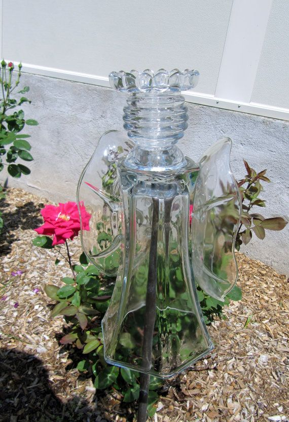 Garden glass angel glass angel angel sculpture by for Recycled glass art projects