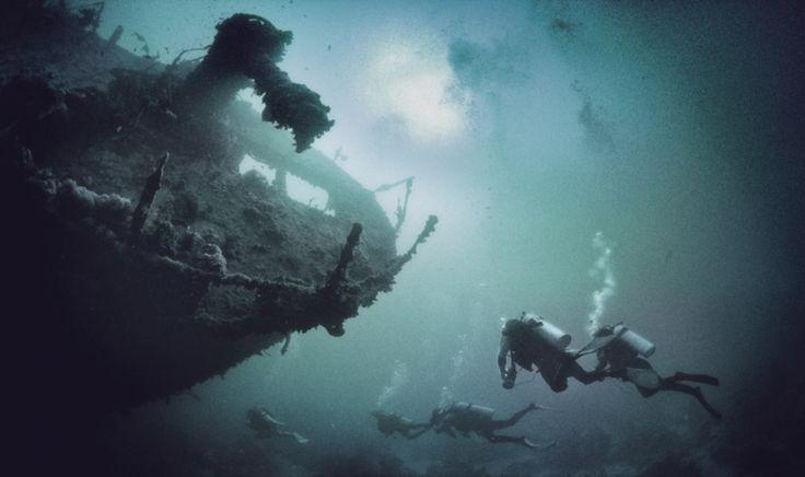 El pecio S.S. Thistlegorm del Mar Rojo, Egipto www.buceas.es Vía: traveler.es