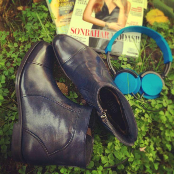 Kulağınızda müzik, ayağınızda OGGI BOSSY B. İşte bu sizin sonbahar modanız. http://bit.ly/1RrF5if