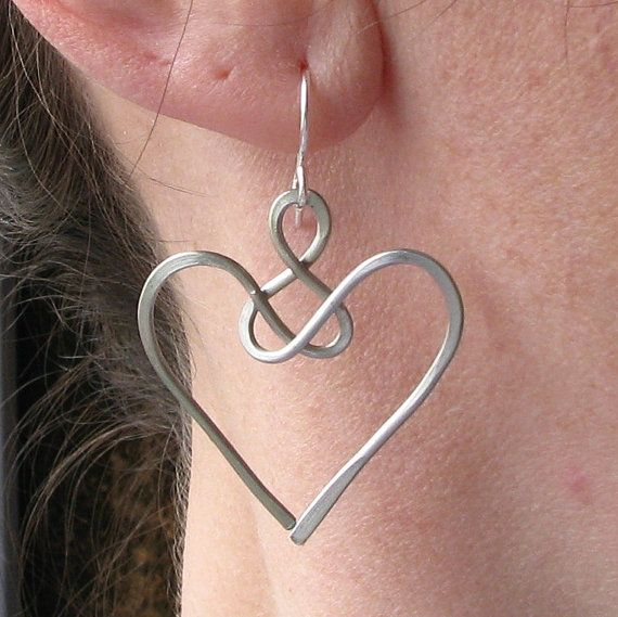 Angel earrings, celtic jewelry, wire knot, aluminum wire heart
