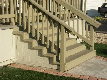 wooden steps | easy to work with mobile home stairs are often made of wood
