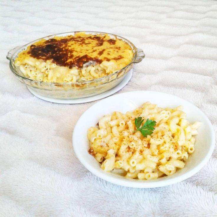 Vegan Mac & Cheese !! Ce midi on continue avec les classiques américains revisités 😋😋😋 Les pâtes de la marque Barilla sont sans gluten et pour la sauce qui ressemble à du fromage je me suis inspirée d'une recette du blog américain Vegan Yumminess 👇plus d'explications dans les commentaires👇  #vegan #veganfoodshare #govegan #whatveganseat #vegansofig #vegetalien #vegetarien #vegetarian #glutenfree #dairyfree #eggfree #sansgluten #sanslactose #sansoeuf #healthyfood #organicfood #eatclean…