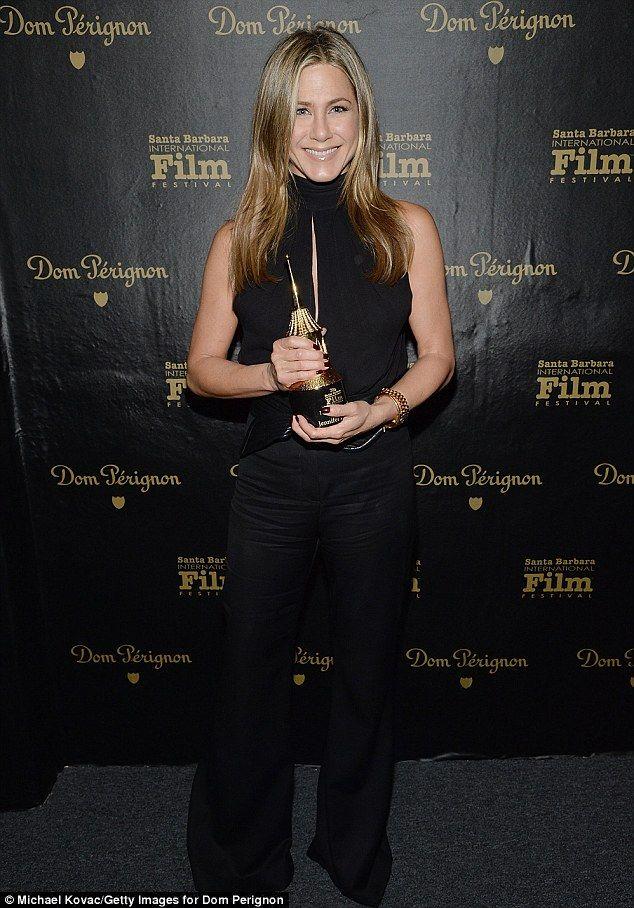 Jennifer Aniston receives Montecito Award at the Santa Barbara Film Festival | Daily Mail Online