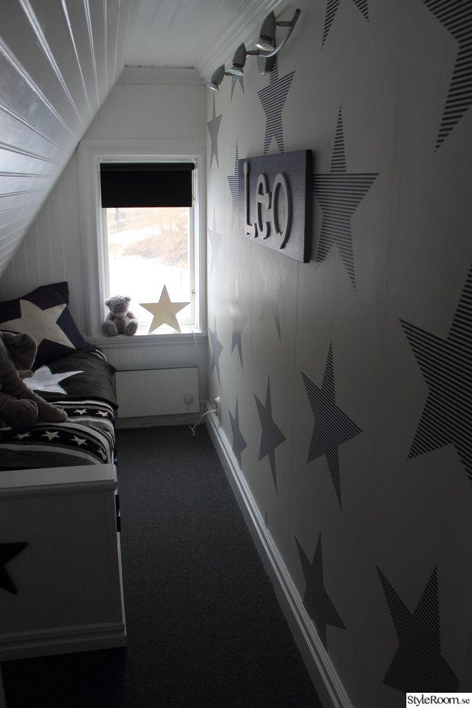 stjärnor,säng,platsbyggd säng,pärlspont