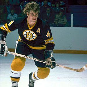 Bobby Orr the greatest scoring defender in hockey